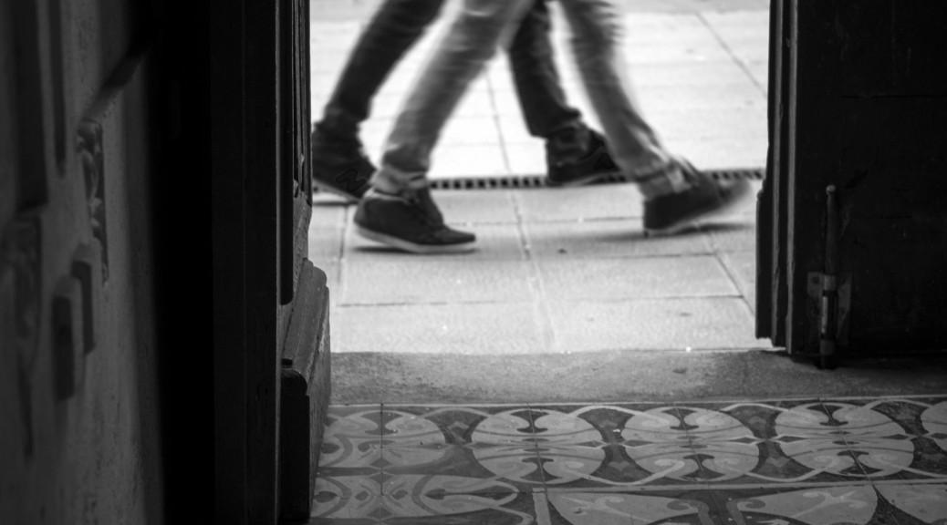 door-walking